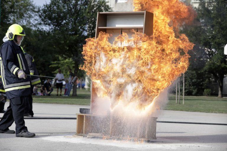 Tűzvédelmi bemutatót tartottak Székesfehérváron- Hogy ne legyen tűz elnevezéssel